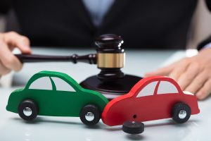 avoid-getting-taken-advantage-of-by-hiring-a-reputable-car-crash-lawyer