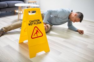preventing-slip-and-fall-injuries-for-seniors