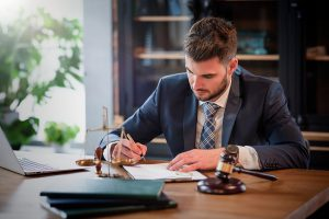 when-should-you-contact-a-lawyer