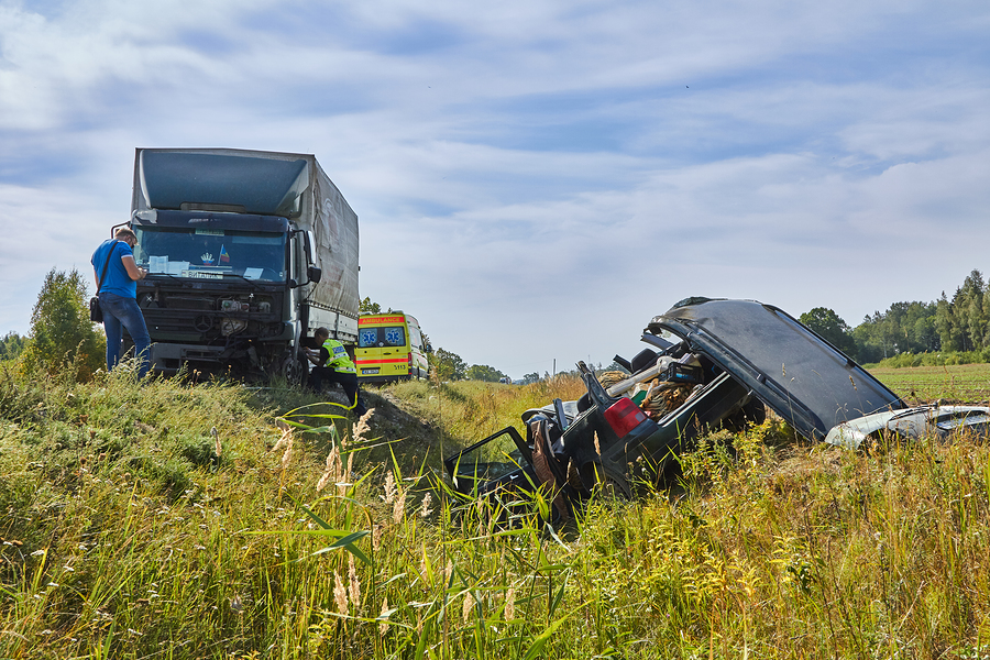 ways-to-help-your-lawyer-with-your-truck-accident-case